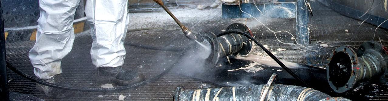 Industriereinigung HD-Strahlen Wasser Industrieanlagen